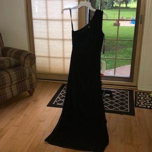 Beautiful brand new with tags formal gown